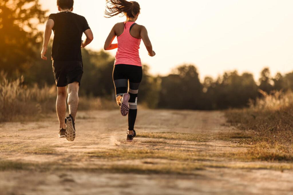Poranny jogging. Biegaj co rano i poczuj się zdrowiej