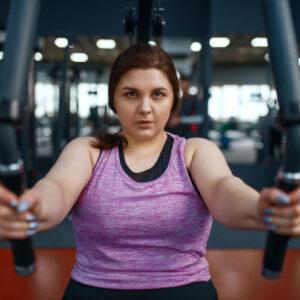 Trenujesz i nie chudniesz? Oto możliwe przyczyny.