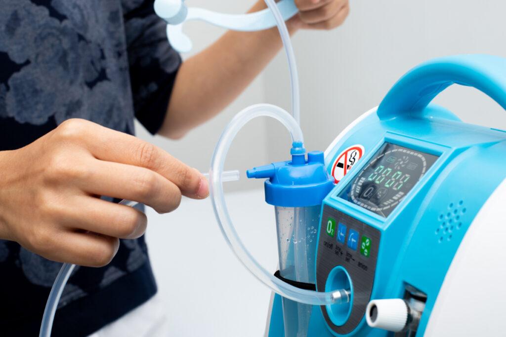 Urządzenie do tlenoterapii. Przewlekła niewydolność oddechowa - objawy i leczenie