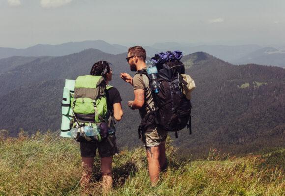 Jak bezpiecznie chodzić po górach i dlaczego warto to robić