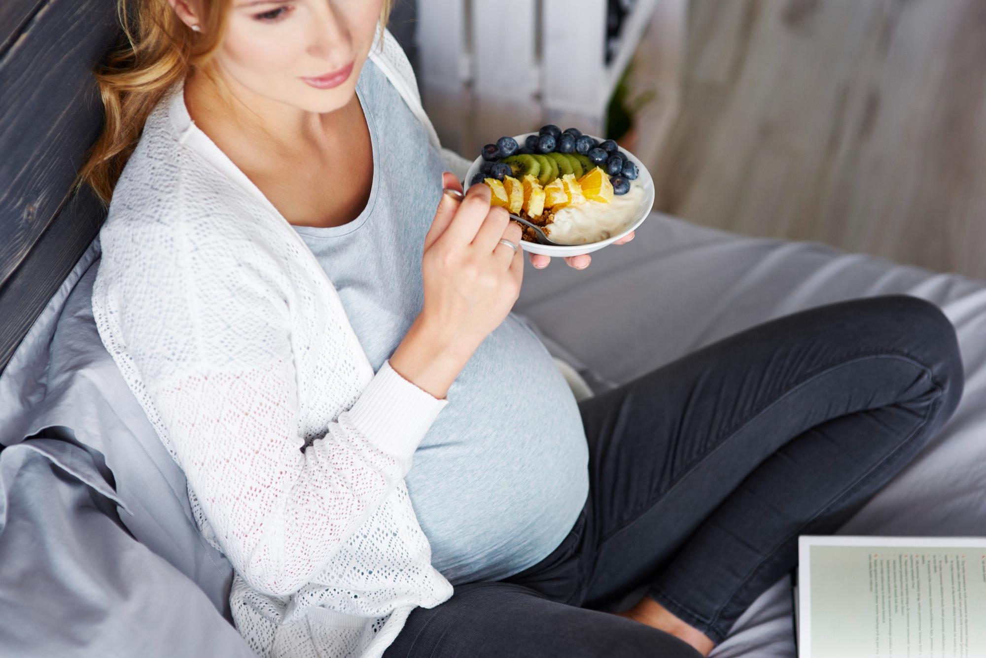 dieta w ciąży zdrowe tłuszcze w ciąży